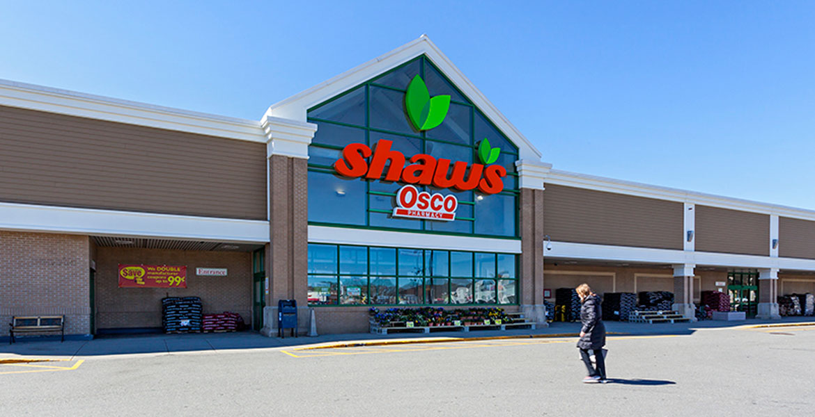 Shaw's at White City Shopping Center
